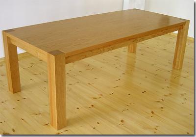 die m blerei m beldesign und designerm bel aus berlin tische tisch in kirsche. Black Bedroom Furniture Sets. Home Design Ideas